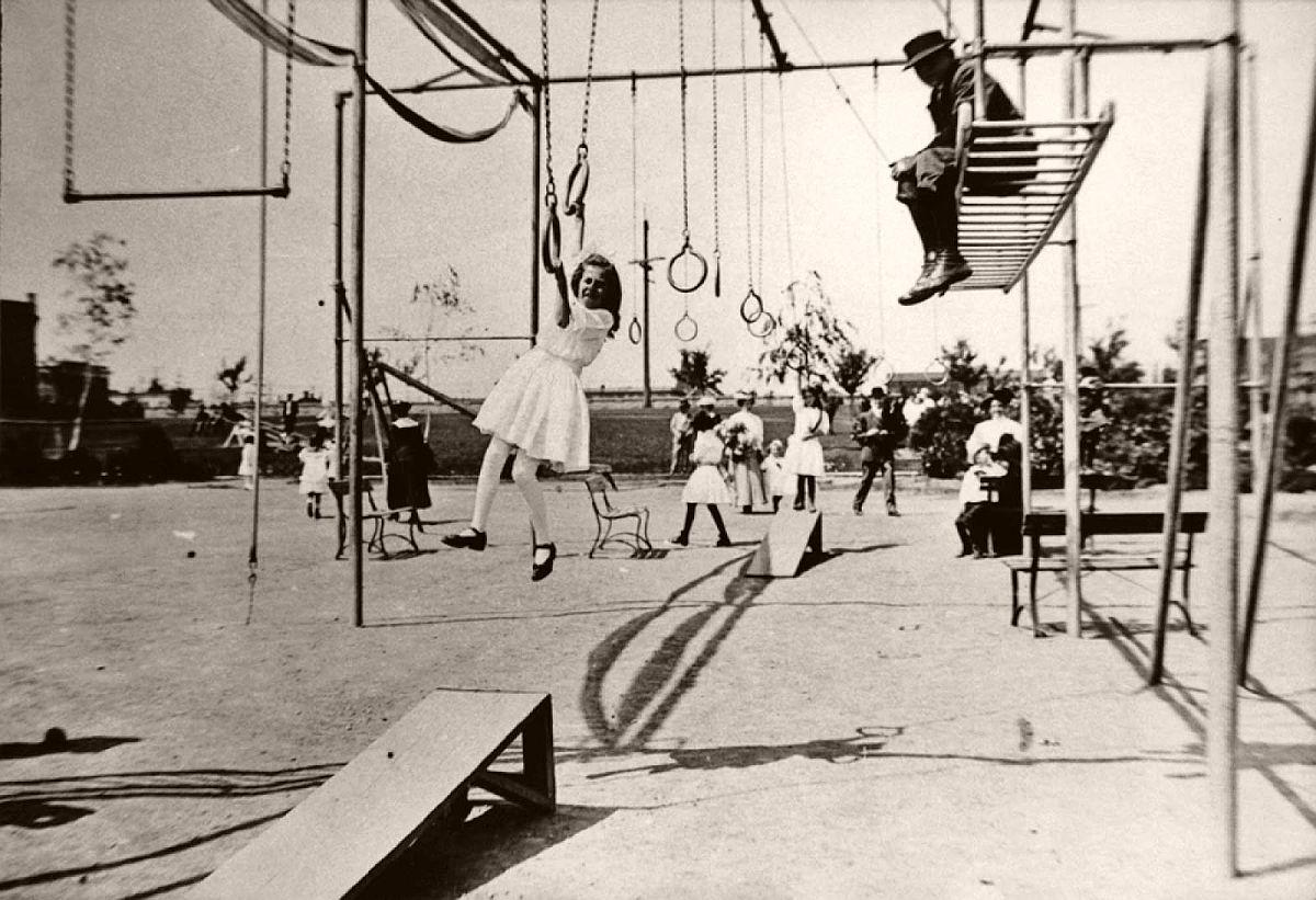 Broadway playfield, 1910.