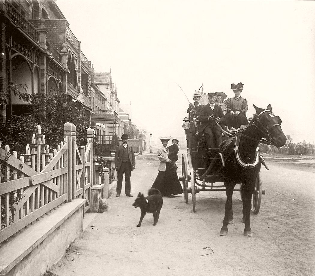 Belgian people on horse wagon in 1907
