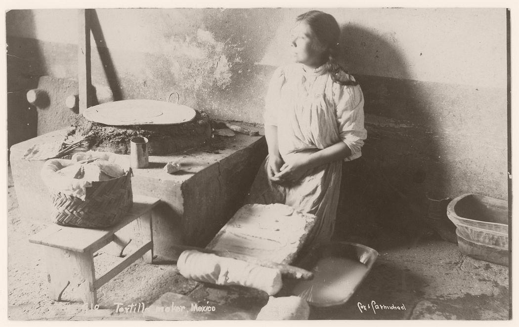 Tortilla maker, 1905