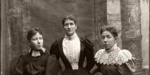 Vintage: Glass Plate Negatives Portraits of Victorian Era Ladies (1860s-1870)