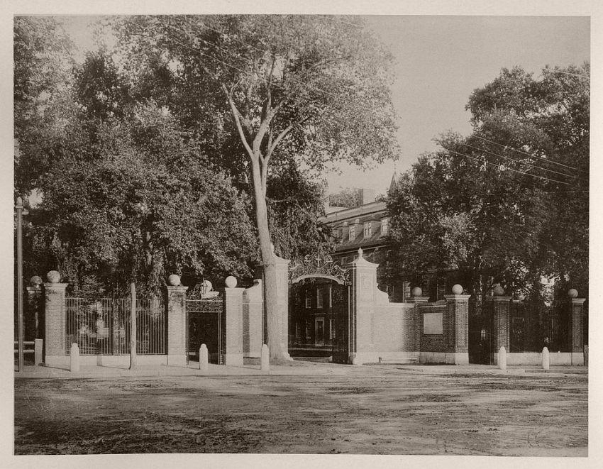 Johnson Gate, 1875-85