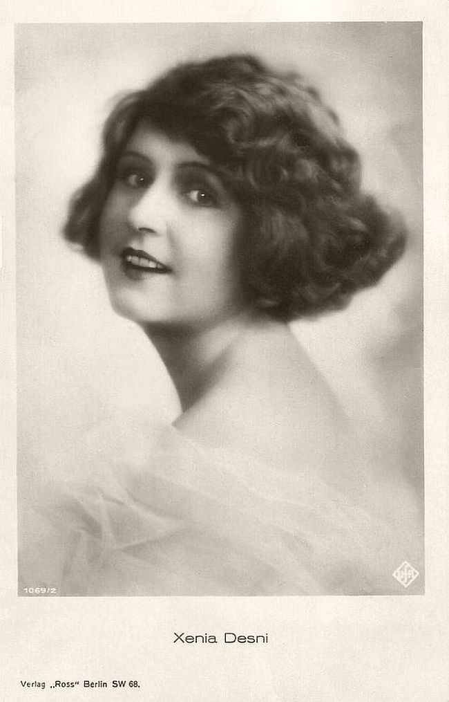 Ukrainian actress Xenia Desni (1894-1954) was a star of the German silent cinema.