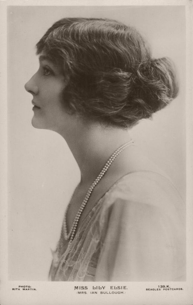 Vintage: Portrait of Miss Lily Elsie (1900s and 1910s)