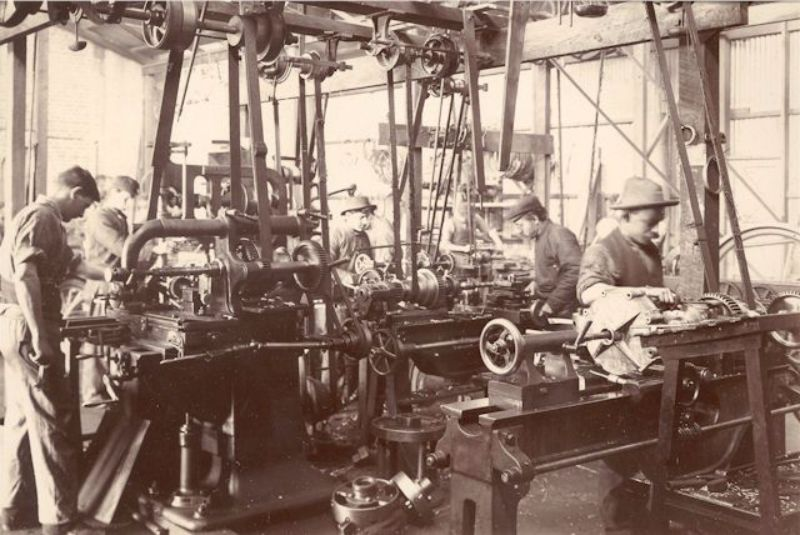 The machine shop in the McHenry Street works, c1904