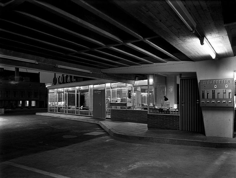 Sigrid Neubert: Gerd Wiegand, Parkhaus Grottenau, Augsburg, 1957 © Architekturmuseum der TU München
