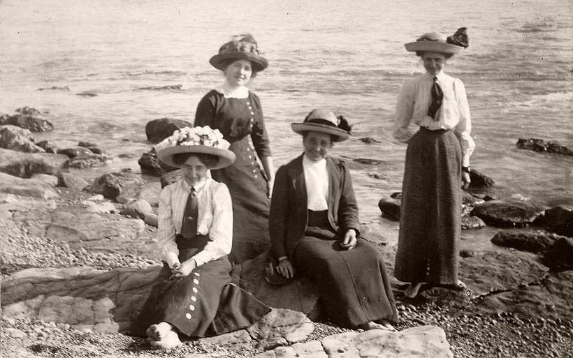 Ladies at the seaside