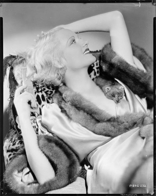 Vintage: Glass Plate Negatives of Carole Lombard (1930s)