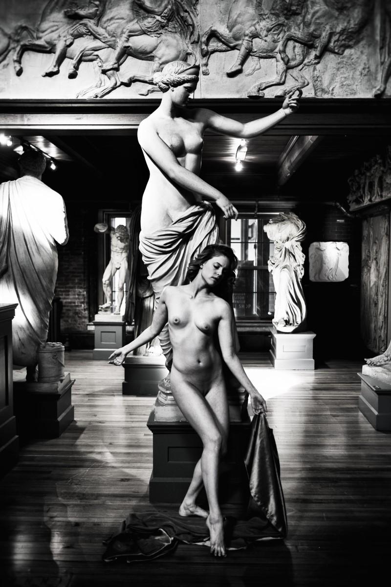 © Florin Firimita: Sculpting with Light