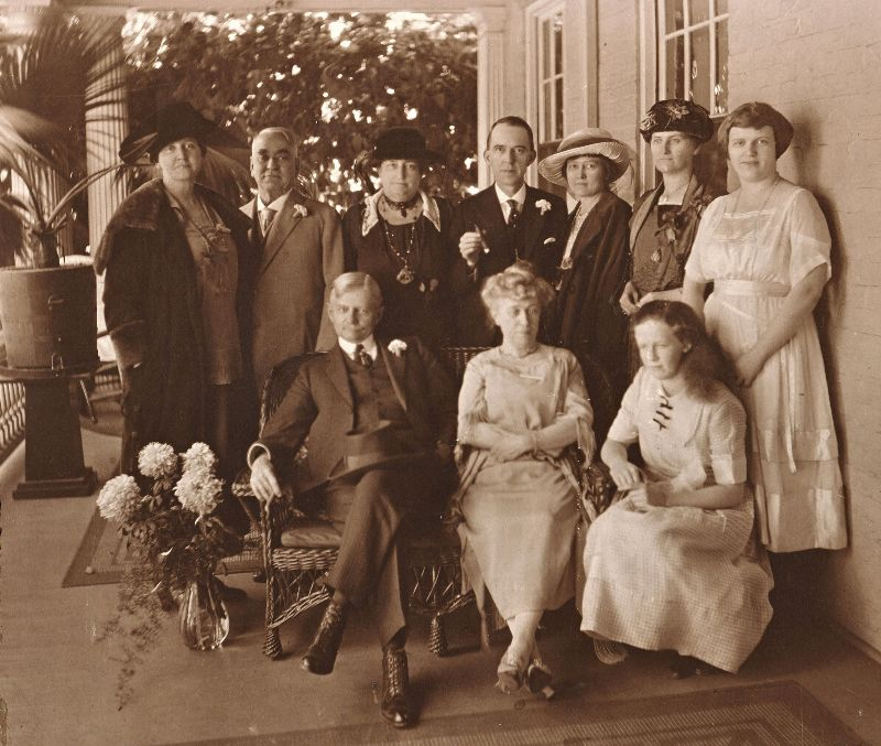 Lois Irene (Kimsey) Marshall, Robinson Franklin Downey, Unidentified, Mr. Ledwith, Mrs. Ledwith, unidentified, Virginia Wilson (back row); Thomas Riley Marshall (Vice President under Woodrow Wilson), Ella Jean 'Jennie' (Wilson) (Lindsey) Downey, Mary Louise Wilson (front row) at 'Ivyhurst'