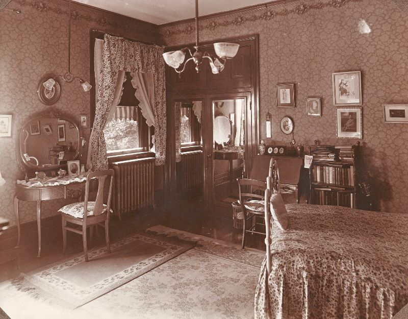 Bedroom at 'Ivyhurst'