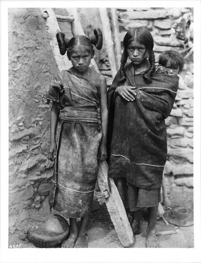 Hopi matron, maiden, and small child, Arizona