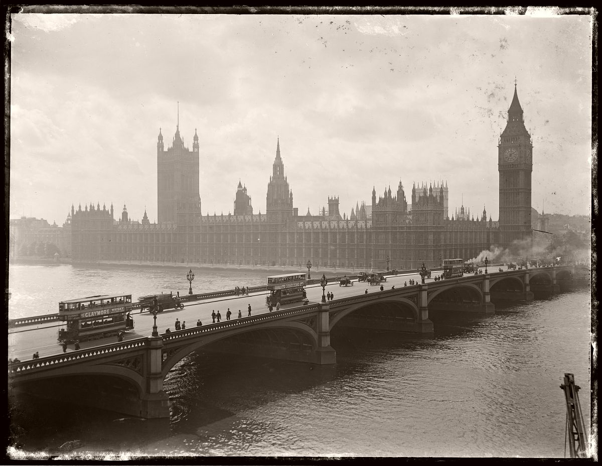 London Bridge with trams, London, Rex Hazlewood, 1918-1919