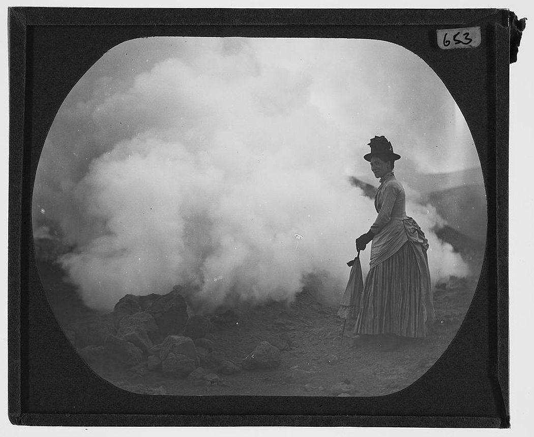 A female adventurer and the steam on Vulcano (unknown year)