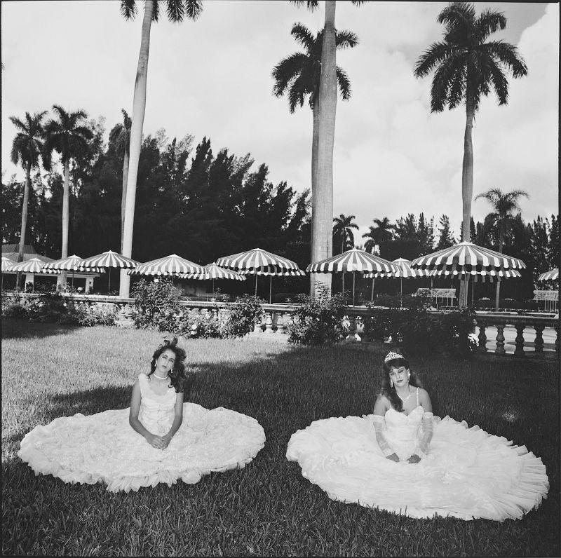 """Mary Ellen Mark: """"Quincea'Nera, Miami"""", 1986, Silbergelatine, Vintage"""