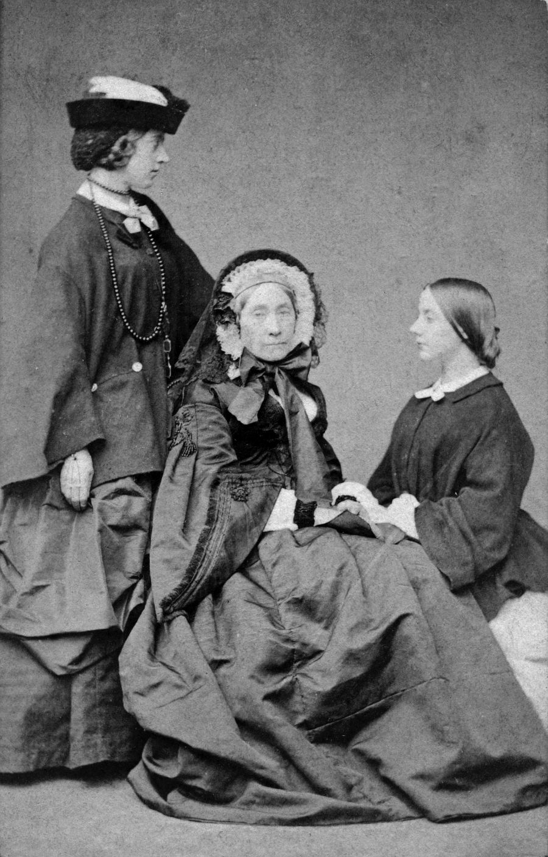 Alexandrine Tinne, Henriëtte Tinne-van Capellen and Jetty Hora Siccama, by Robert Bingham, ca. 1860