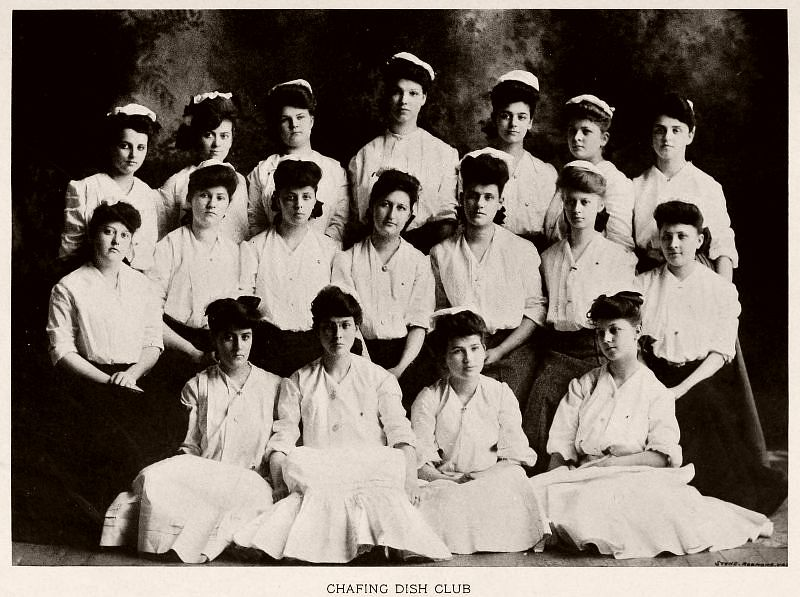 Chafing Dish Club, Baptist Female University, 1904