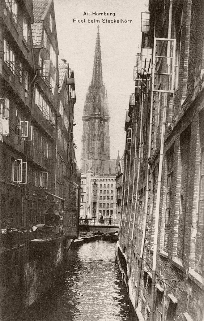 Vintage: Hamburg, Germany (1910s)