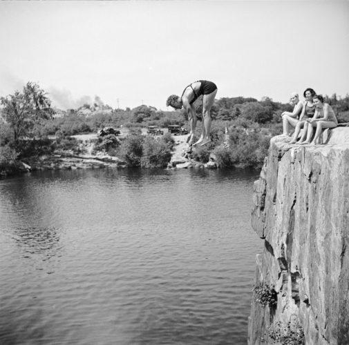 """© Arthur Griffin, """"Jump"""""""