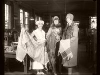 Vintage: Christmas Shopping in the past