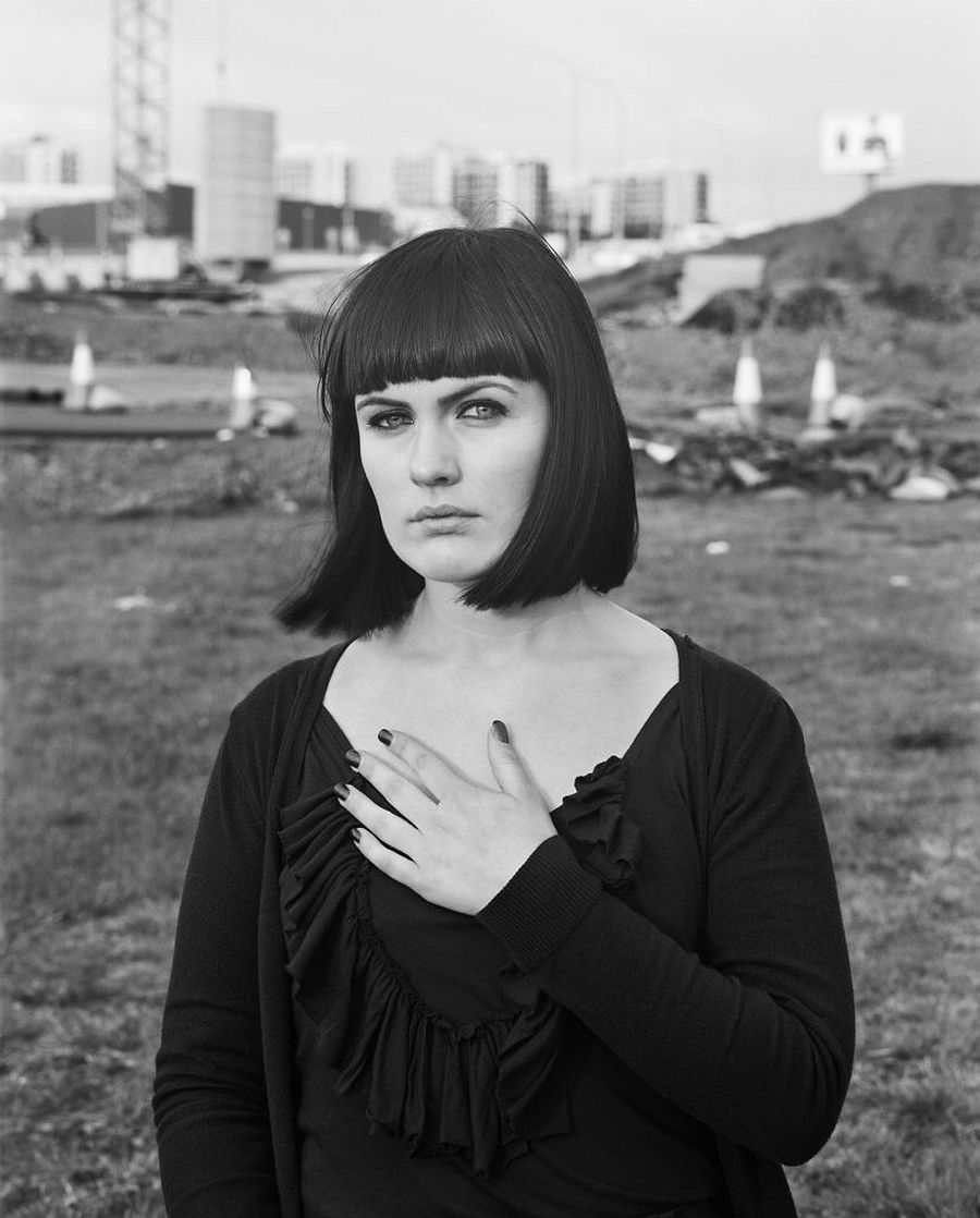 Ute und Werner Mahler: Monalisen der Vorstädte, (Mona, Reykjavik), 2009-2011 Archival pigment print, 86 x 71 cm