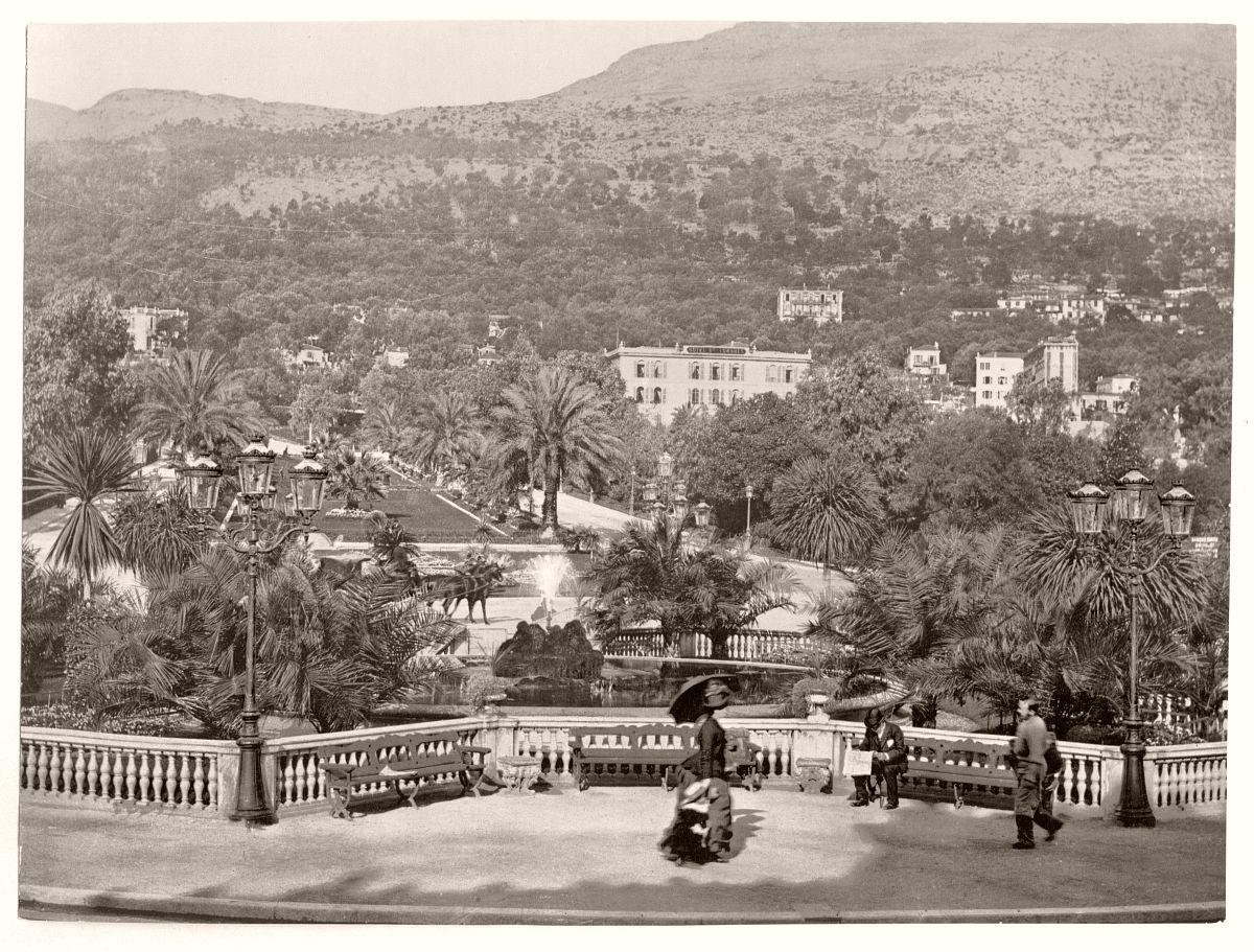 Monte Carlo Casino, gardens, Monaco (Riviera)