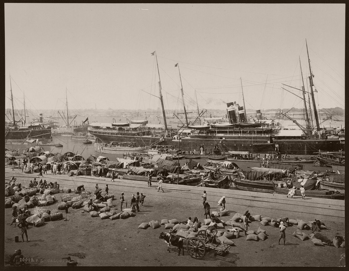 Calcutta. Harbour. Steamers