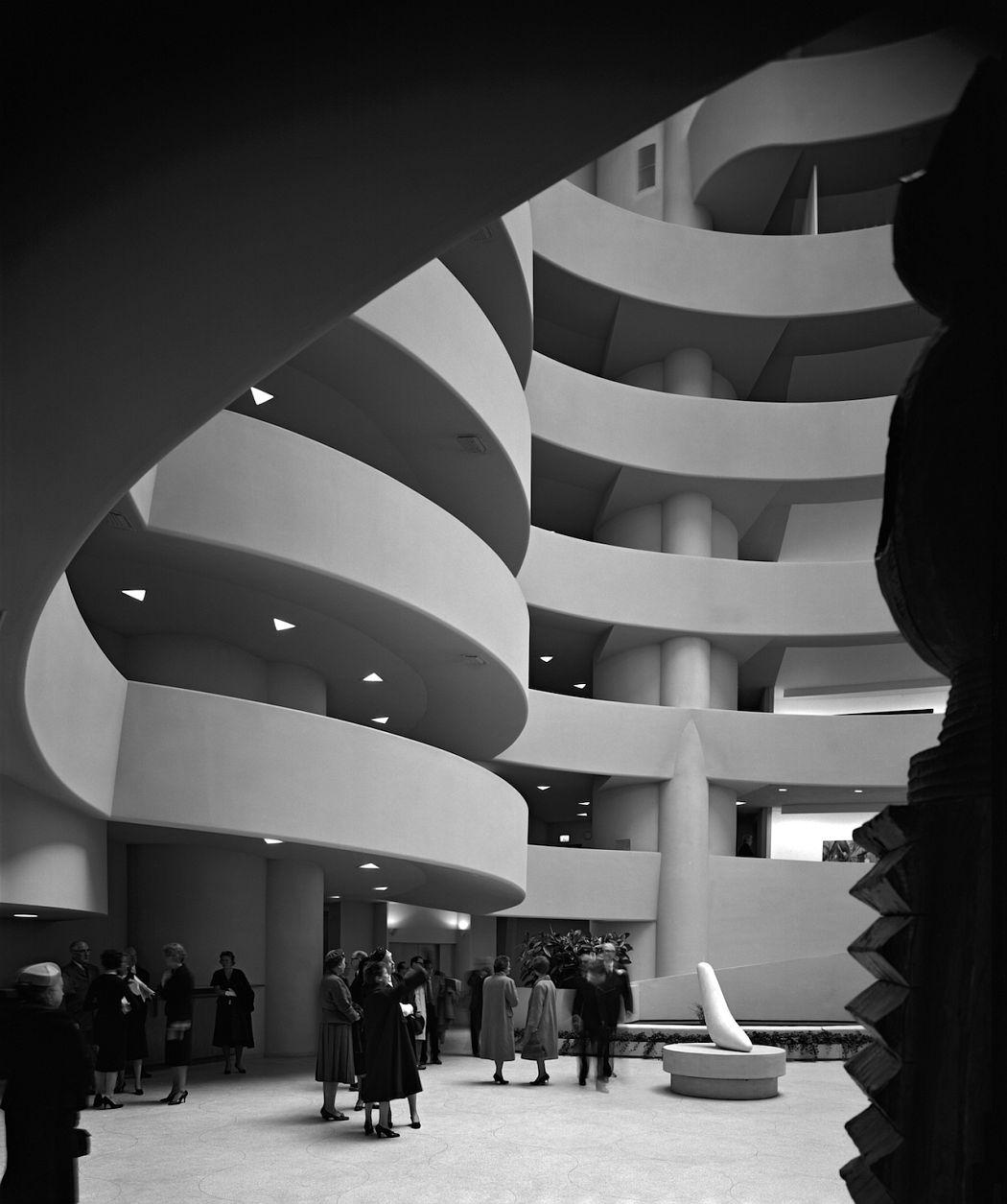 Ezra Stoller Guggenheim Museum. Frank Lloyd Wright. New York, NY, 1959 © Ezra Stoller, Courtesy Yossi Milo Gallery, New York