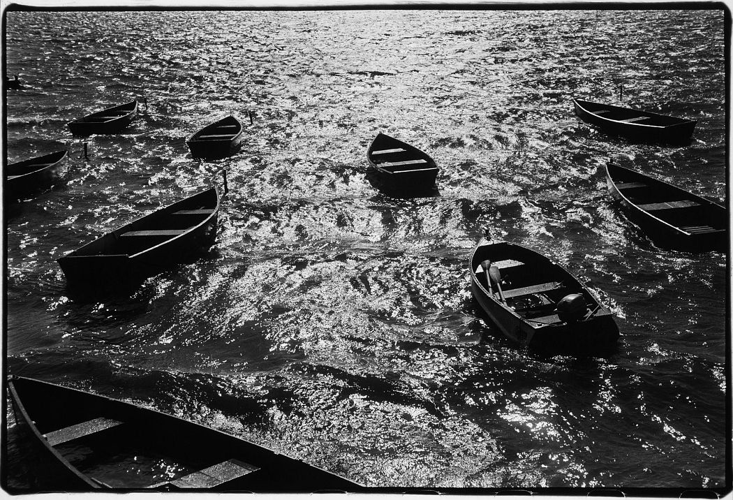 Louis Stettner, Lake, New York State, 1952; San Francisco Museum of Modern Art, purchase through a gift of Randi and Bob Fisher, Rusty O'Kelley and John Haskins, Champagne Louis Roederer, Sarah Wigglesworth and Asiff Hirji, The Sondra and Charles Gilman, Jr. Foundation, and the Accessions Committee Fund; © Estate of Louis Stettner, all rights reserved