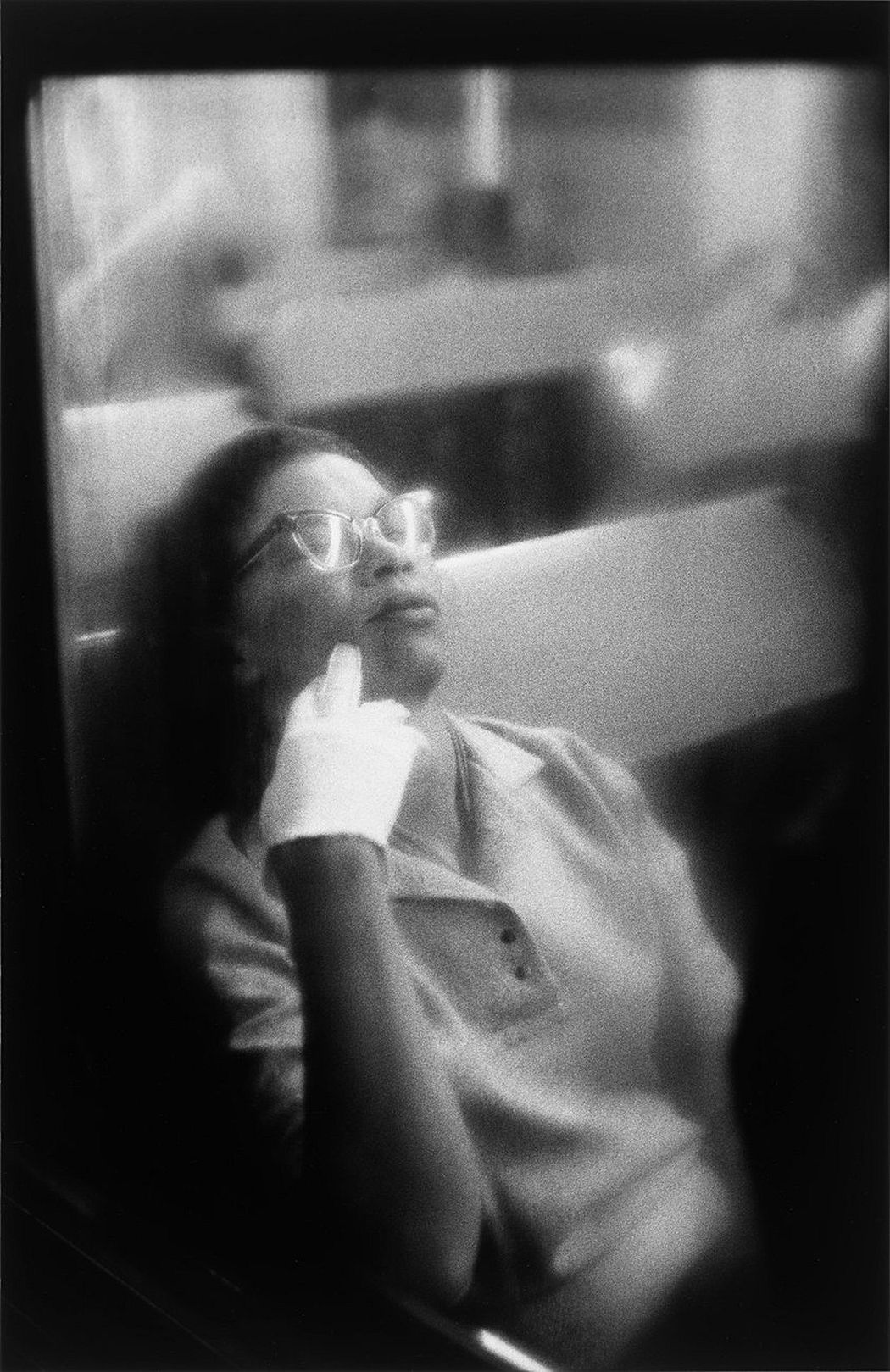 Louis Stettner, Woman with White Glove, Penn Station, 1958;© Estate of Louis Stettner, all rights reserved