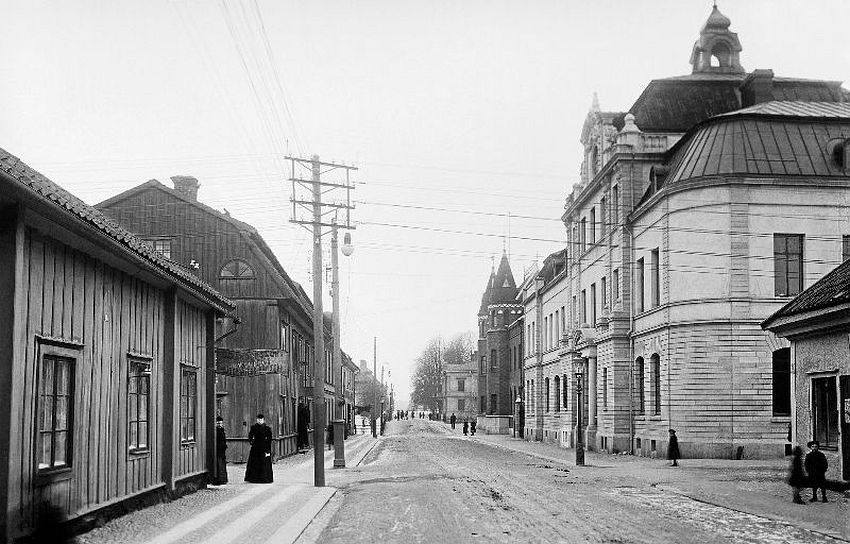 Nyköping. Östra Storgatan (East High Street) with the Central Bank of Sweden to the right