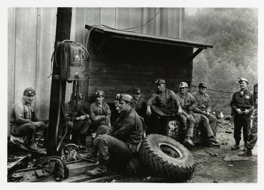 Builder Levy. Waiting and Whittling, Eastern Coal Company, Stone, Pike County, Kentucky, 1970. Gold-toned gelatin silver print.