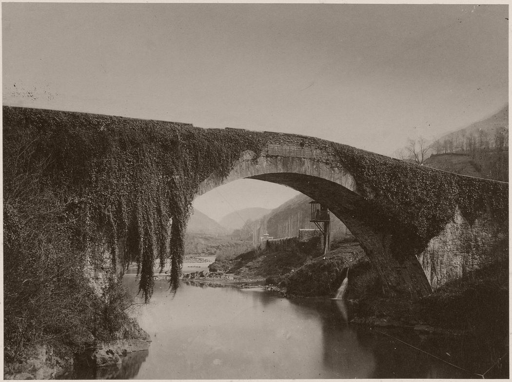 [Bridge], British, 1850s - 1870s. Photo by Farnham Maxwell-Lyte