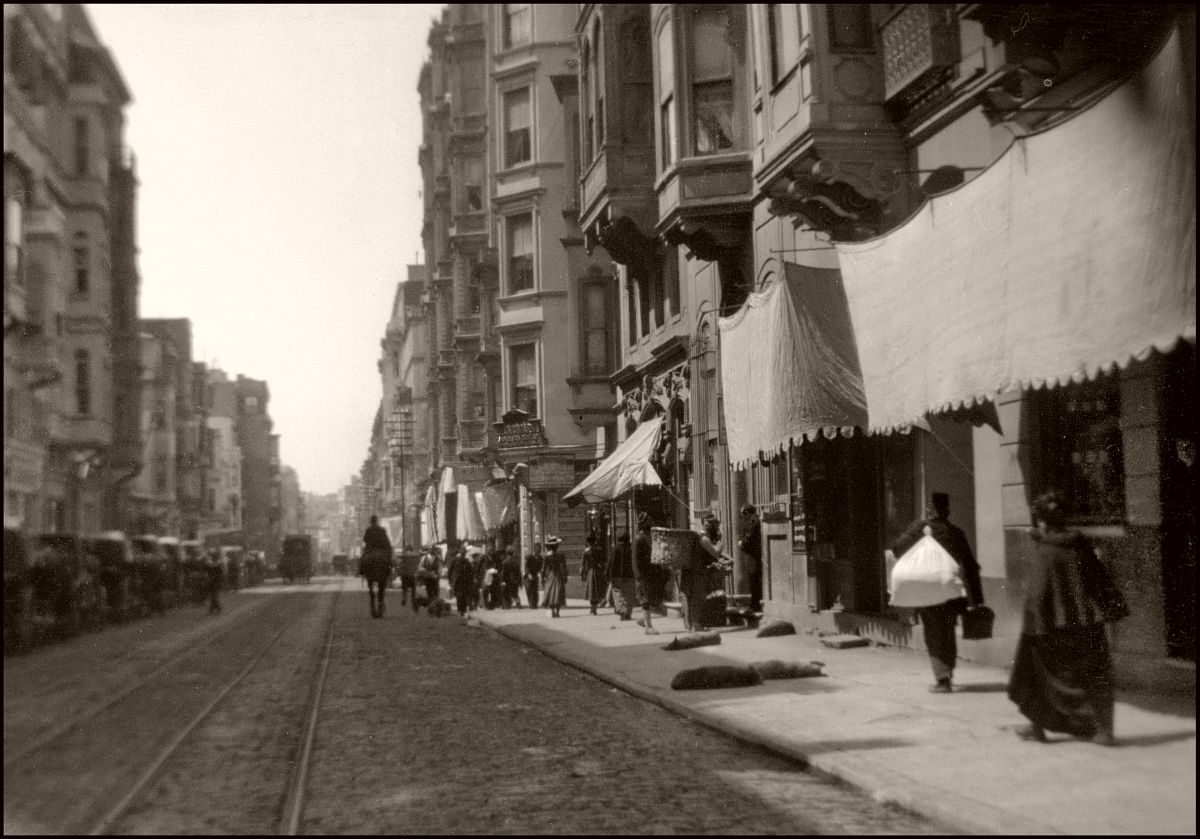 Finally Constantinople (1903) Pera (today Beyoğlu). Note the stray dogs on the sidewalk.