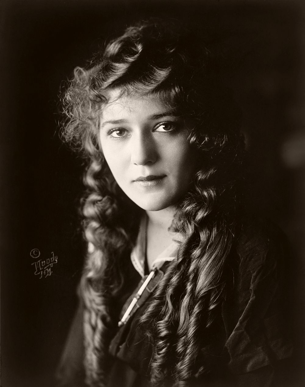 Mary Pickford - Silent Movie Star