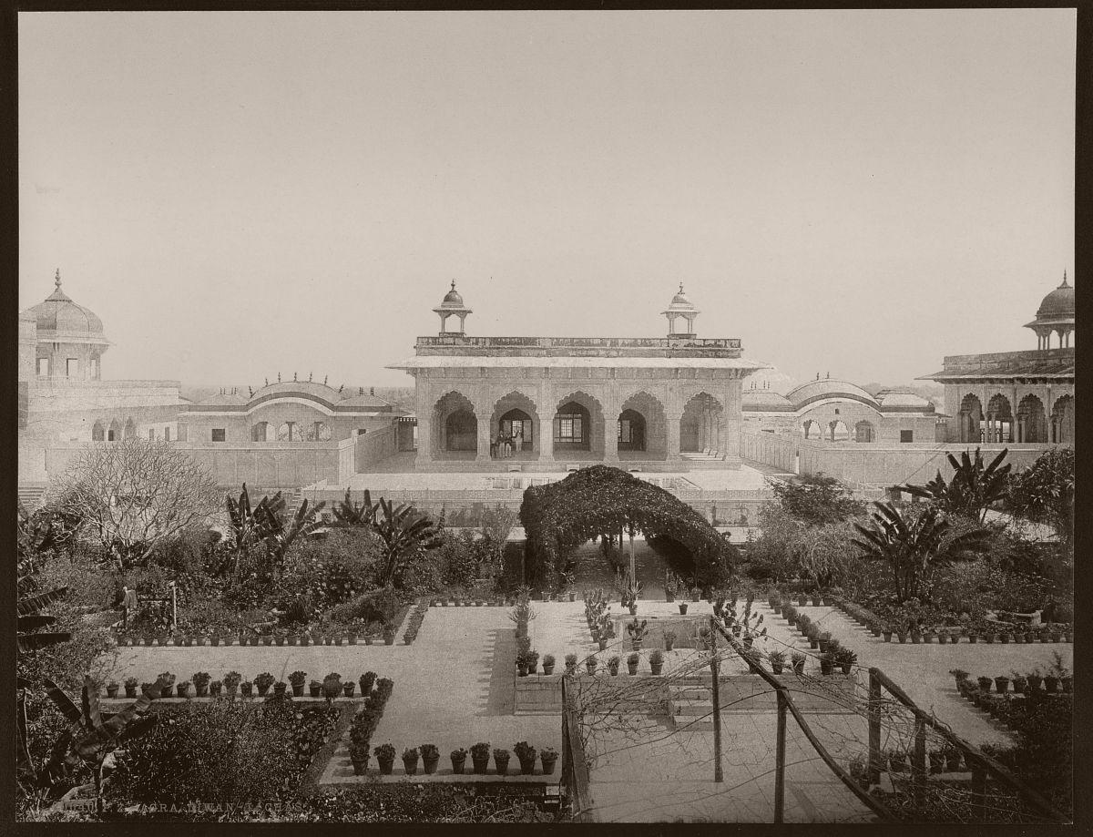 Agra. Diwan-i-Chas