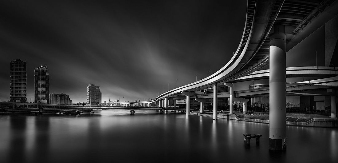 © Yoshihiko Wada: The City of Juncture / MonoVisions Photography Awards 2018 winner