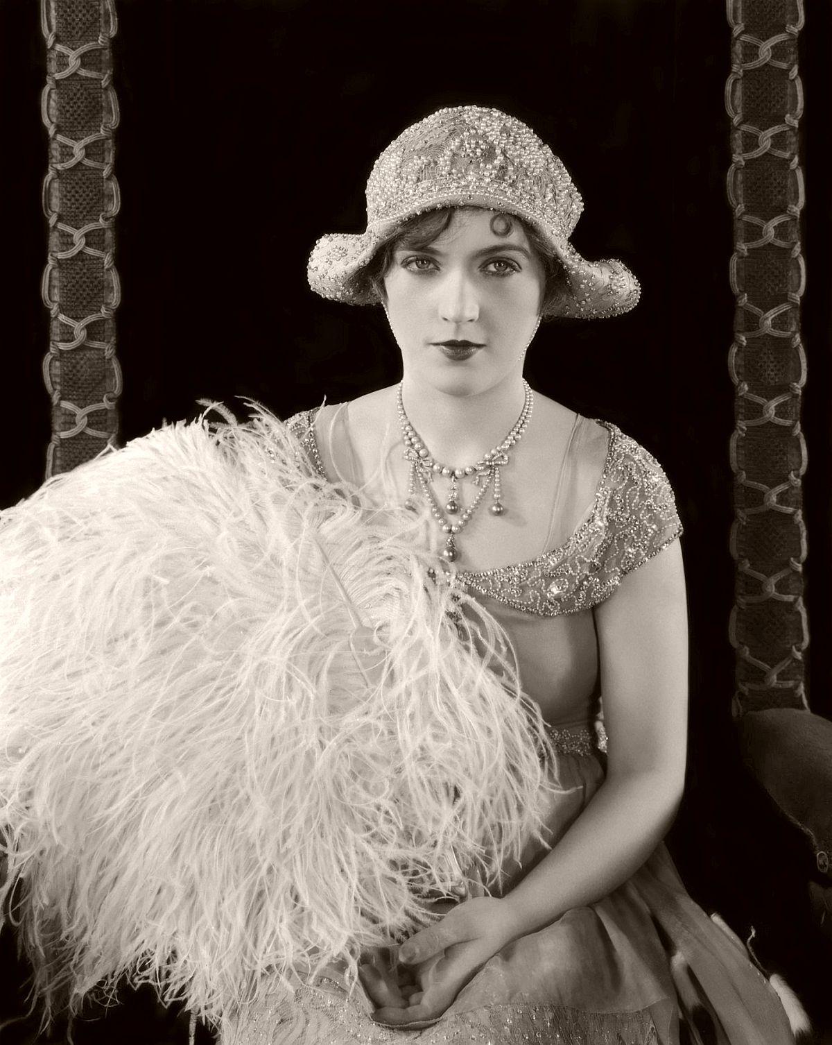Marion Davies - Silent Movie Star