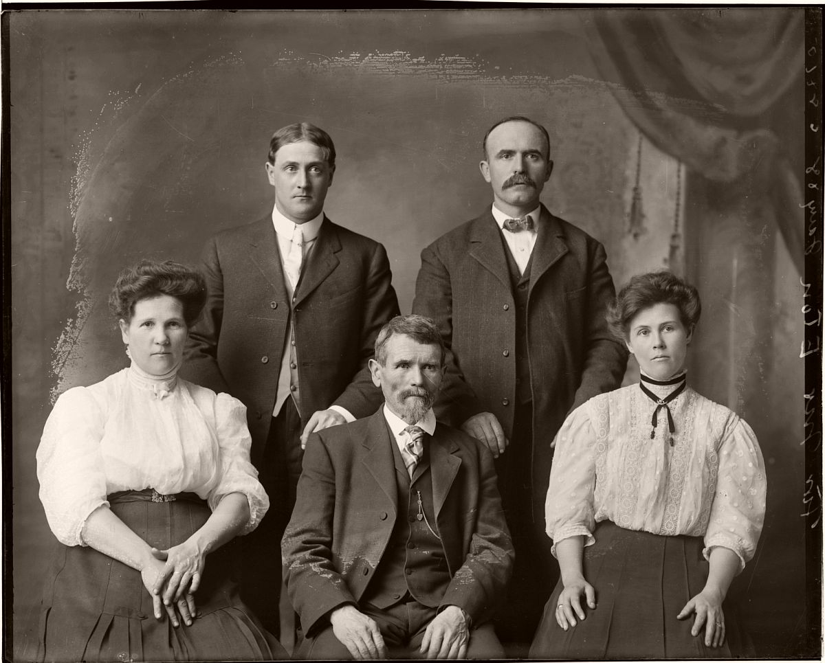 Glass plate negative Family Portraits by Michael Miley (early XX Century)