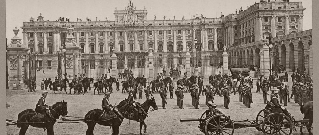 Vintage: Historic B&W photos of Madrid, Spain (1890s)