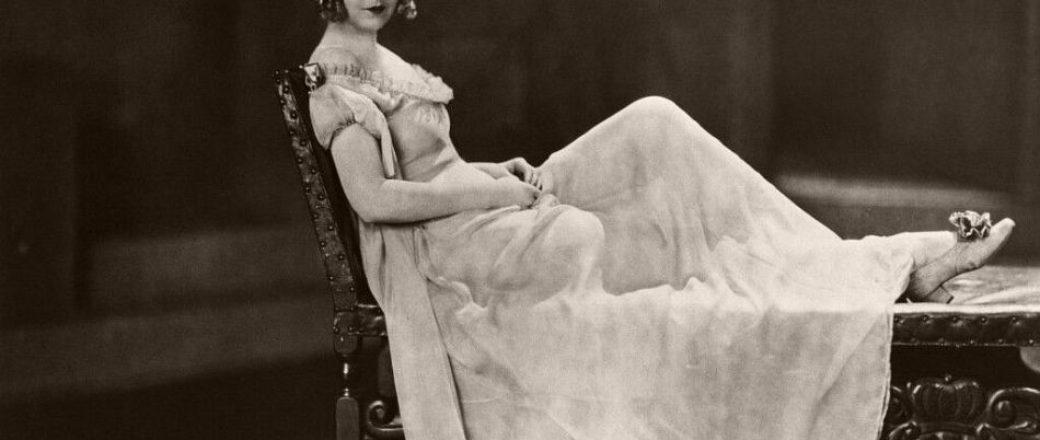 Vintage: Portraits of Dorothy Gish – Silent Movie Star