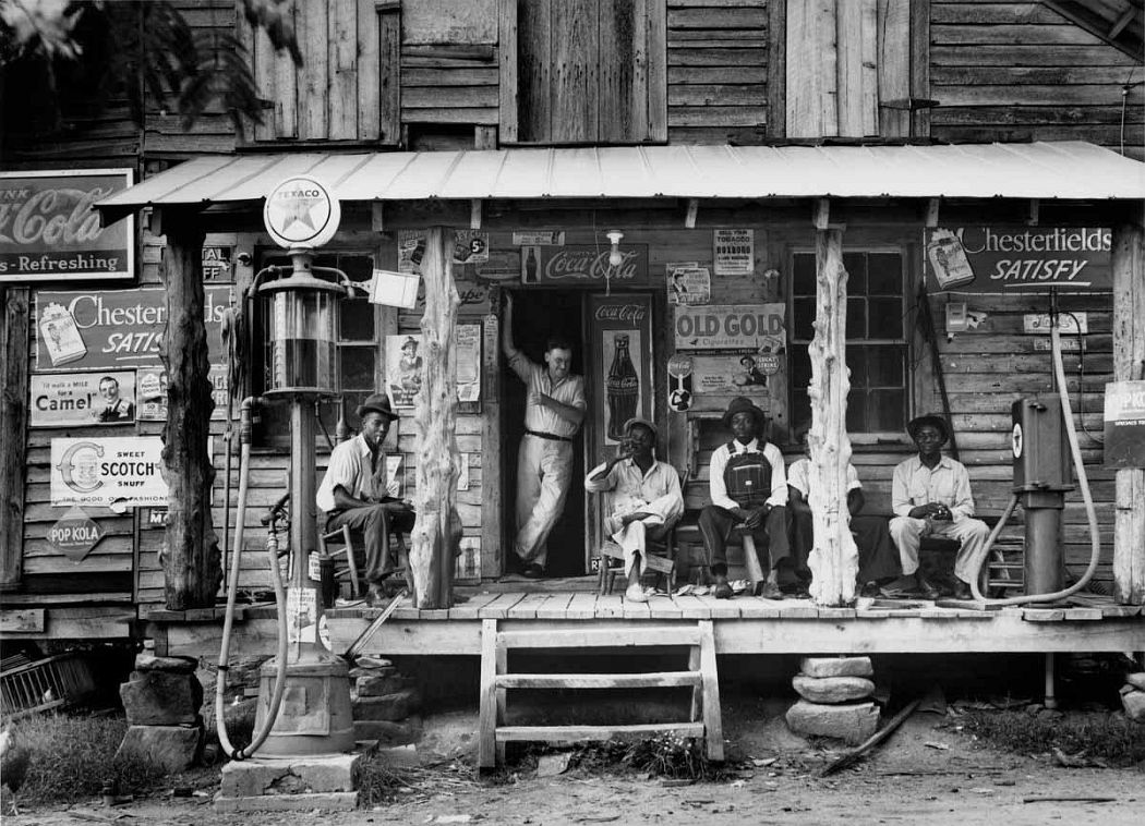 Dorothea Lange. Crossroads General Store, Gordonton, North Carolina, 1939. Archival pigment print. © The Dorothea Lange Collection, the Oakland Museum of California, gift of Paul S. Taylor