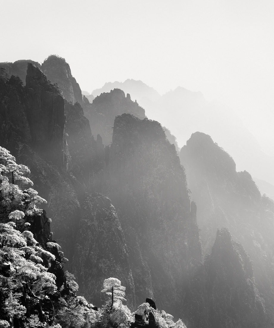 © Olivier Robert: Huang Shan / MonoVisions Photography Awards 2018 Honourable Mention