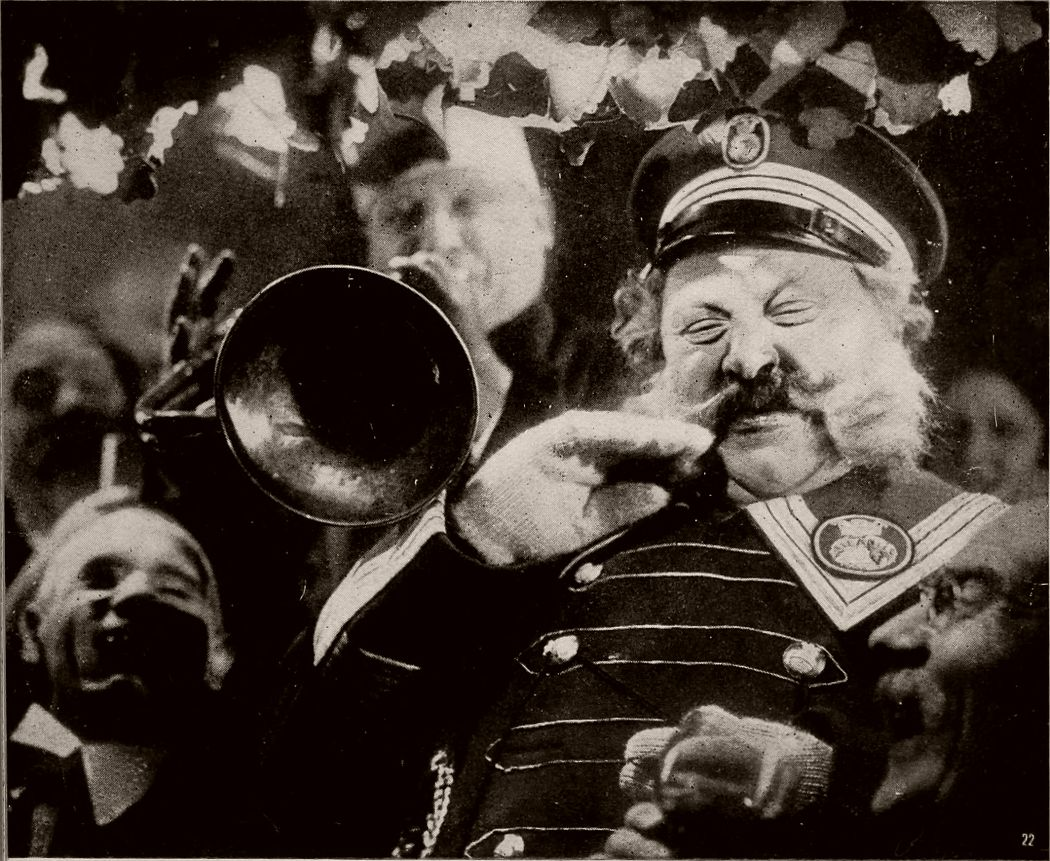 The Last Laugh (1924)