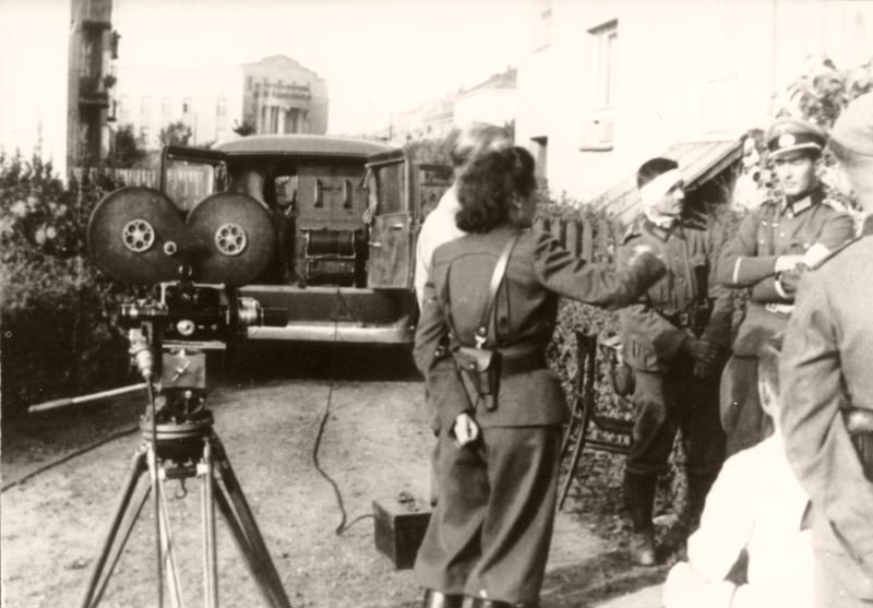 Riefenstahl instructing her film crew in Poland, 1939