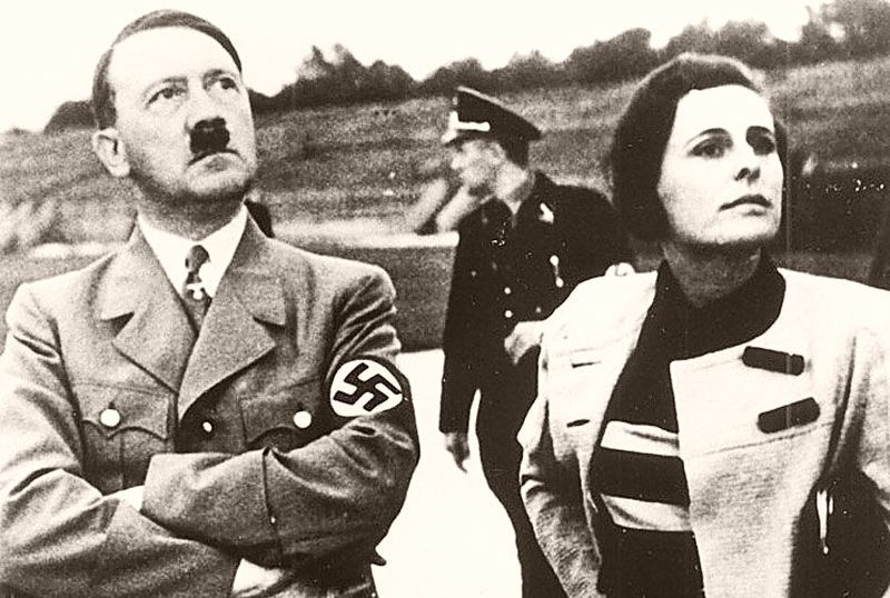 Adolf Hitler and Leni Riefenstahl during the Nuremberg party rally in 1935 (public domain)