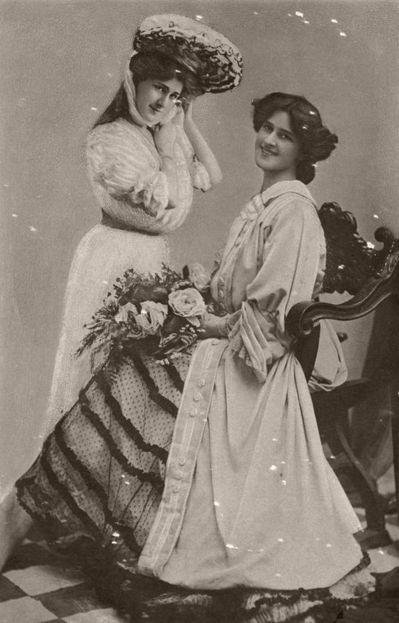 Dare Sisters: Phyllis and Zena (early 20th Century)