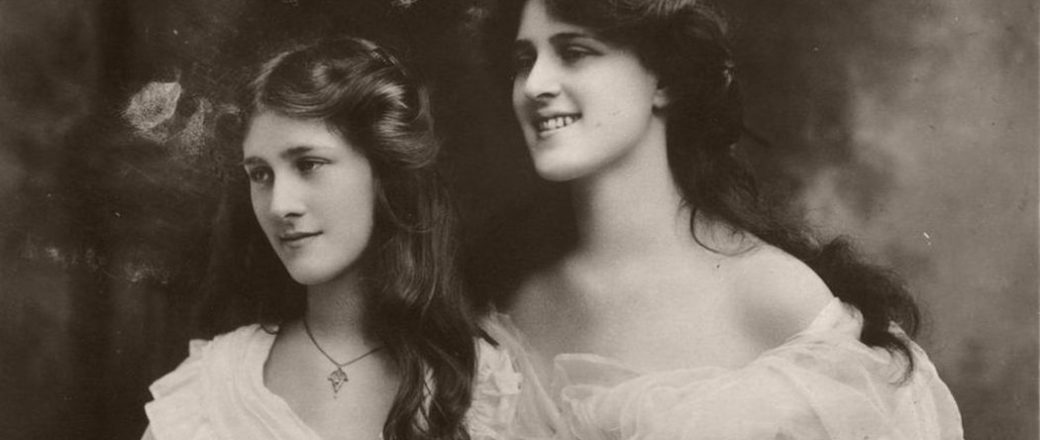 Vintage: Portrait Photos of the Dare Sisters: Phyllis and Zena (early 20th Century)
