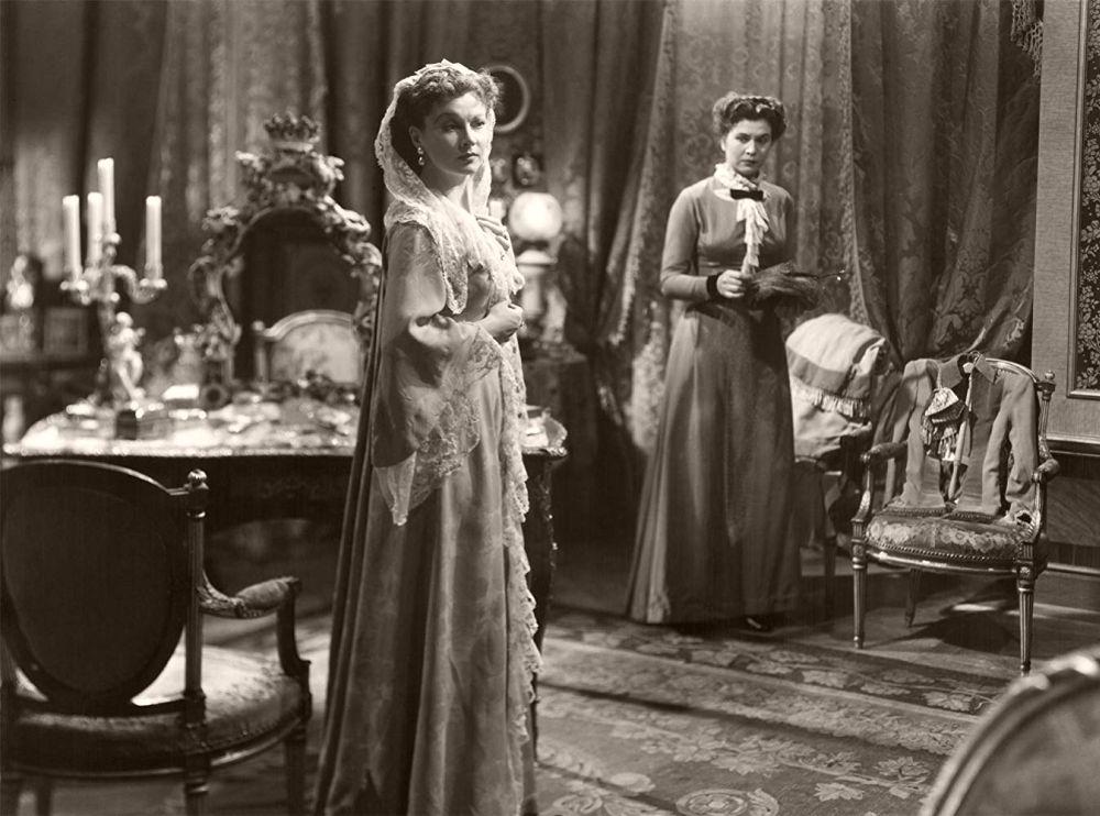 Vivien Leigh as 'Anna Karenina' (1948)
