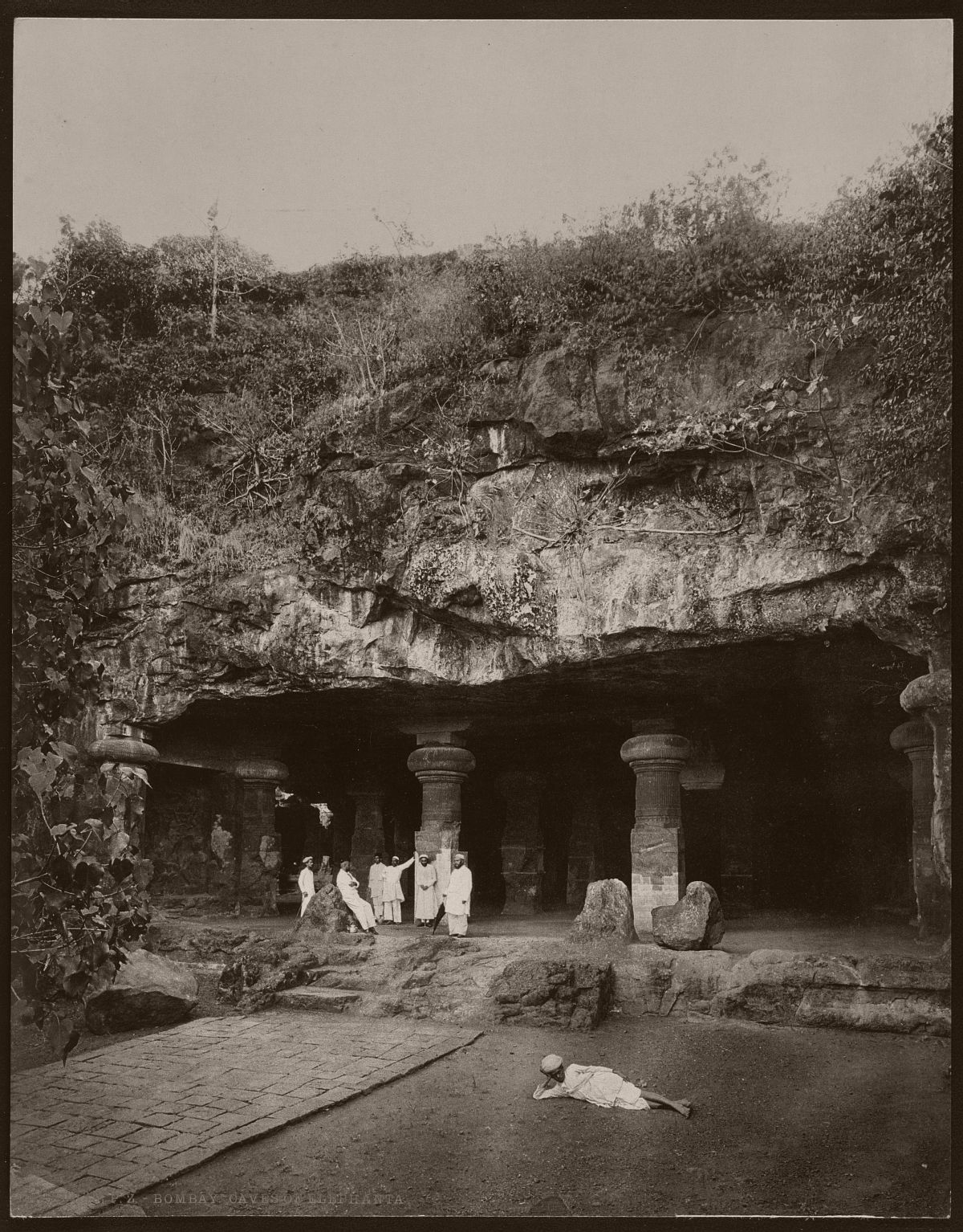 Bombay. Caves of Elephanta