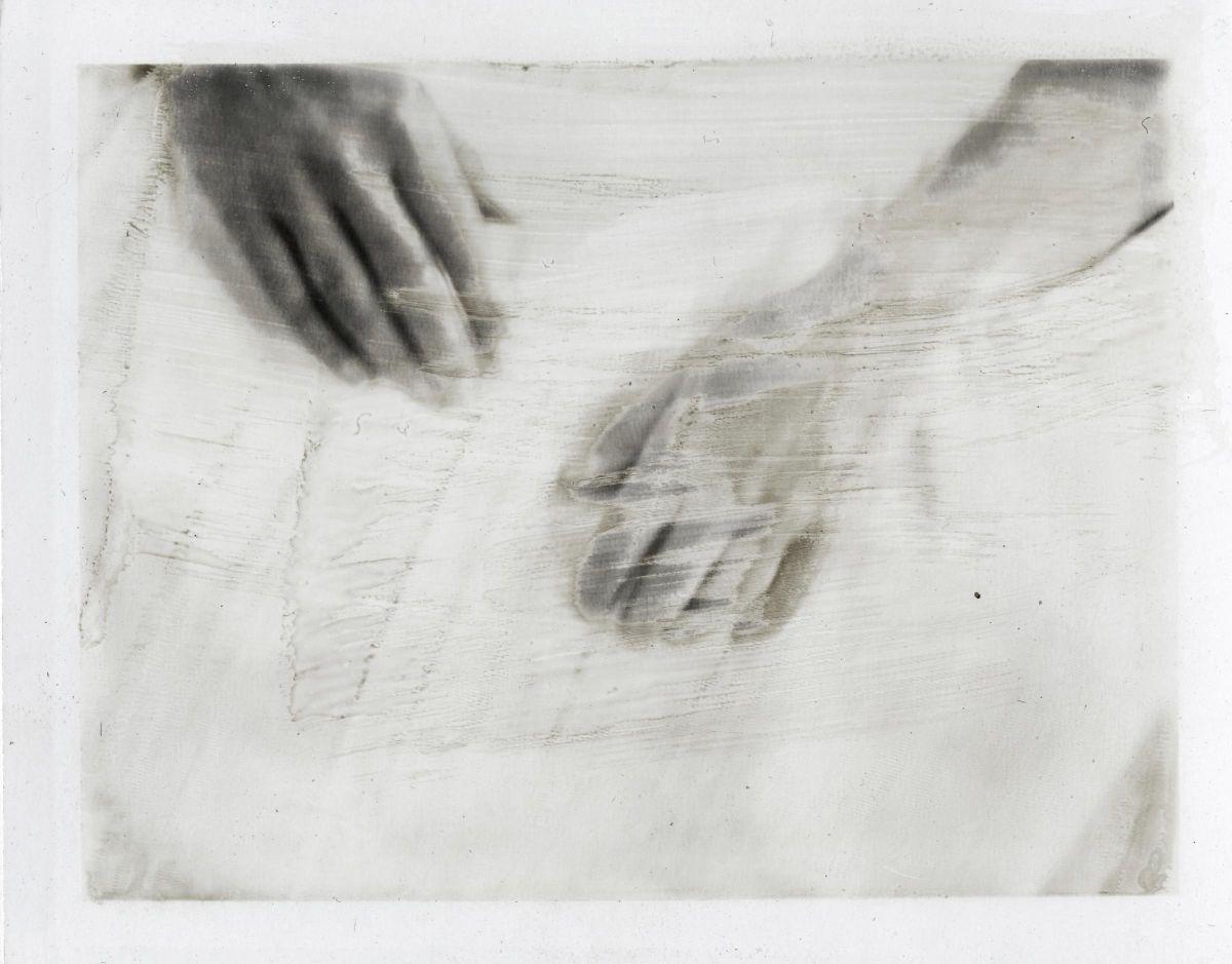 Sydney apartment / Mino's hands